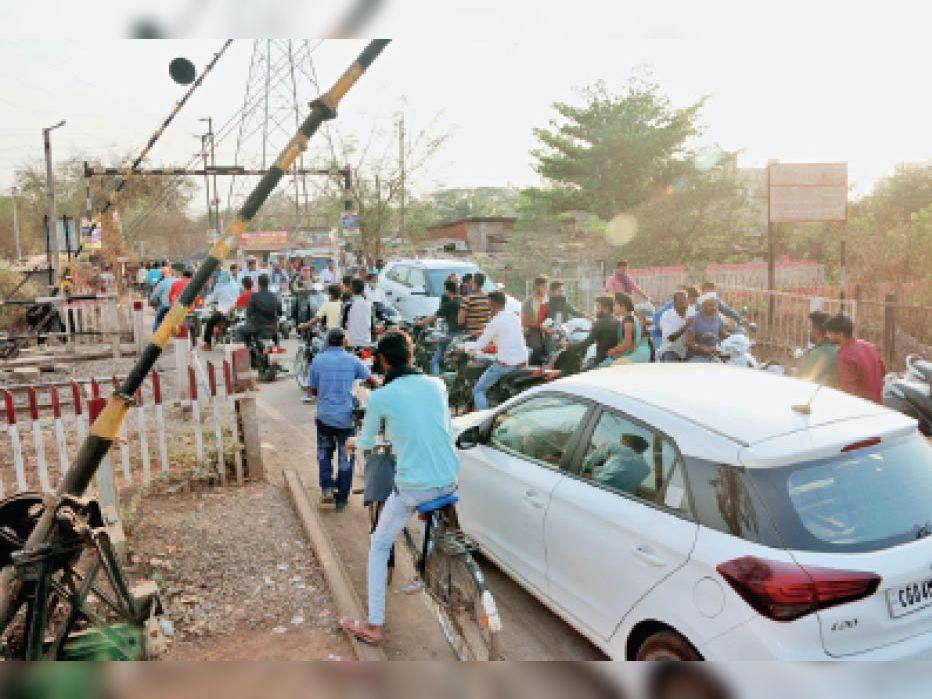 राजधानी में दो फ्लाईओवर, एक अंडरब्रिज का प्लान रद्द क्योंकि कोरोना के कारण पैसे नहीं|रायपुर,Raipur - Dainik Bhaskar