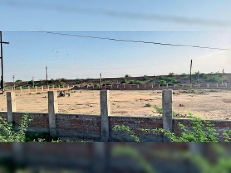 बैसली नदी के पास यहां पार्क बनाने का तीन साल पहले हुआ था टेंडर - Dainik Bhaskar