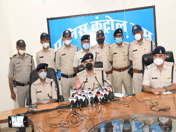 कुकर्म के चक्कर में नाबालिग संग मिलकर युवक ने की थी हत्या, लोवर की डोरी से घाेंटा था गला, CCTV फुटेज से कातिलों तक पहुंची पुलिस|जबलपुर,Jabalpur - Dainik Bhaskar
