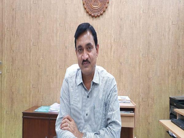 कलेक्टर शीलेंद्र सिंह - Dainik Bhaskar
