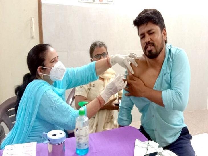 युवाओं ने दिखाया दोगुना जोश, इस महीने चौथी बार 3 हजार के पार पहुंचा वैक्सीनेशन|पानीपत,Panipat - Dainik Bhaskar