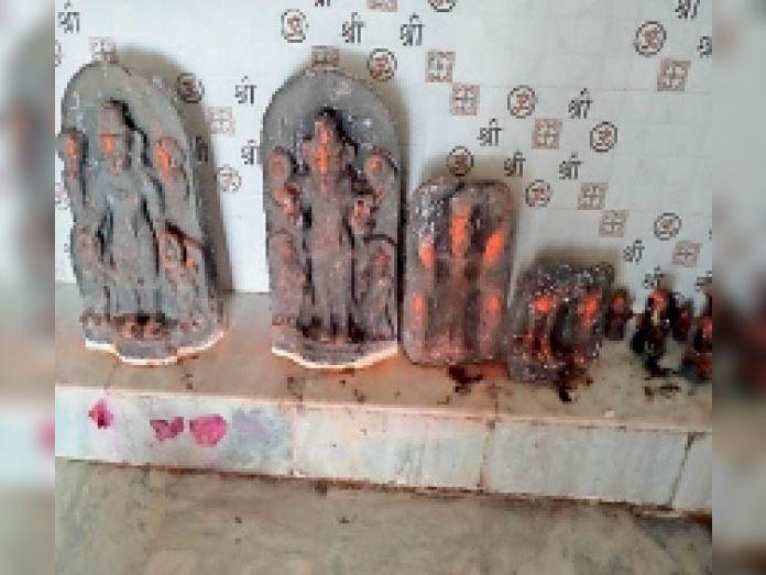 जम्बुआ मंदिर में महाभारत काल की मूर्तियां, हर मन्नत होती पूरी हजारीबाग,Hazaribagh - Dainik Bhaskar