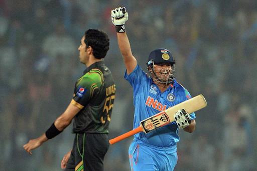 सुरेश रैना ने 2014 वर्ल्ड कप में पाक के खिलाफ दबाव में 35 रन की शानदार पारी खेली थी।