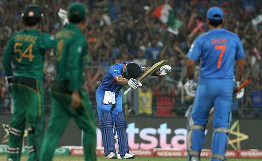 कोलकाता के ईडन गार्डेंस में हुए मैच में विराट कोहली ने फिफ्टी लगाई थी और भारत की जीत में मदद की।