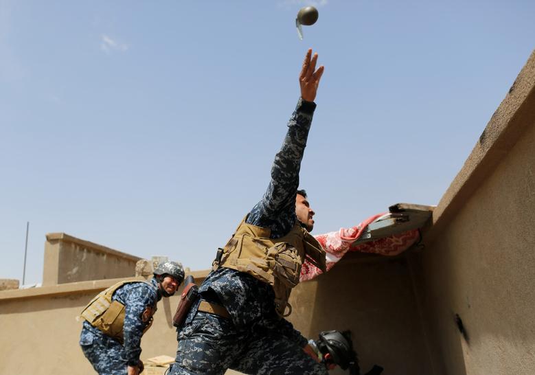 दानिश ने 2017 में इराक में आतंकी संगठन ISIS के खिलाफ सेना के अभियान को भी कवर किया था। इस दौरान उन्होंने जंग में भारी जोखिम वाले इलाकों में जाकर फोटो ली थीं। (फोटो-रॉयटर्स)