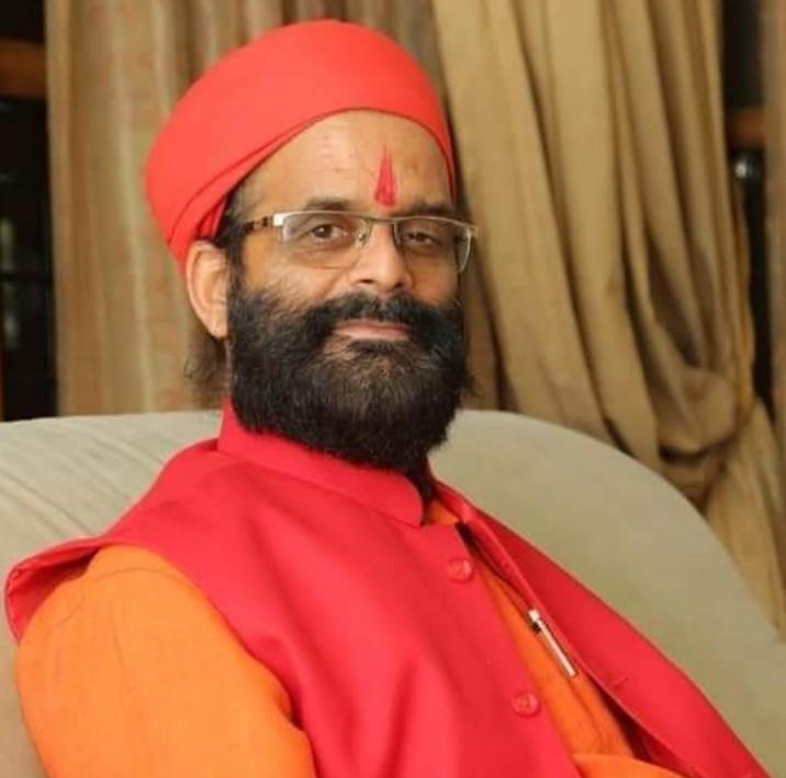 मालेगांव बम ब्लास्ट के आरोपी सुधाकर चतुर्वेदी 17 जुलाई को पहुंच रहे अयोध्या, हनुमानगढ़ी और राम मंदिर के करेंगे दर्शन; तीनों धर्मस्थलों को लेकर करेंगे बैठक|अयोध्या,Ayodhya - Dainik Bhaskar