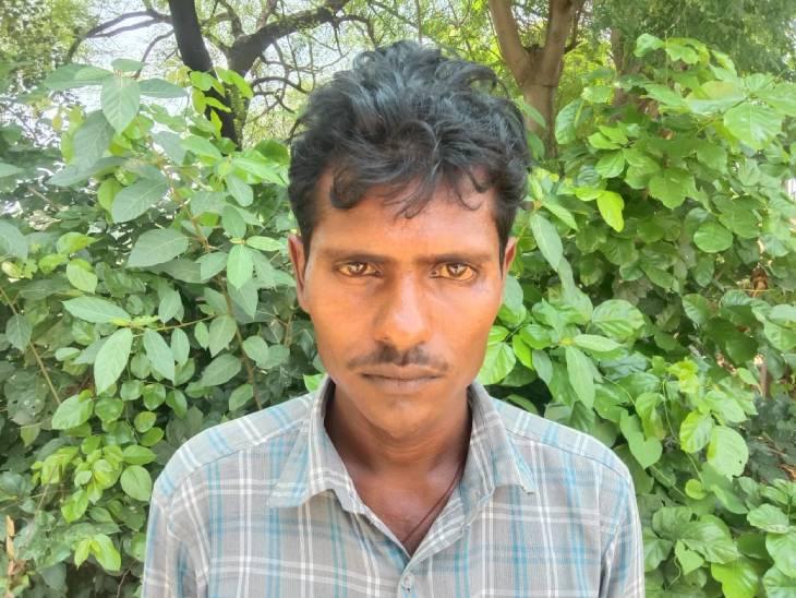 कौशाम्बी में पति ने पत्नी को मारा थप्पड़ पत्नी चली गई मायके; वापस लेने ससुराल गया तो जीजा को सालों ने दौड़ा-दौड़ाकर पीटा प्रयागराज,Prayagraj - Dainik Bhaskar