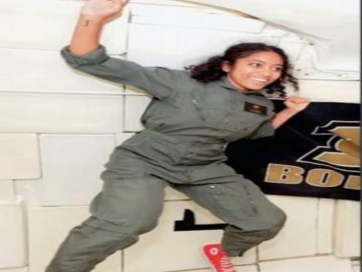 कॉलेज के दिनों में जीरो ग्रैविटी उड़ान का अभ्यास करतीं सिरिशा। - Dainik Bhaskar