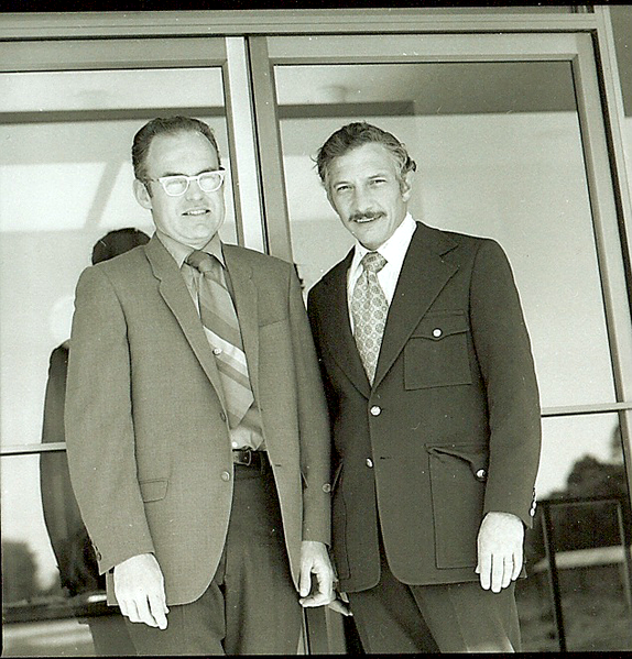 रॉबर्ट नोयस और गॉर्डन मूर।