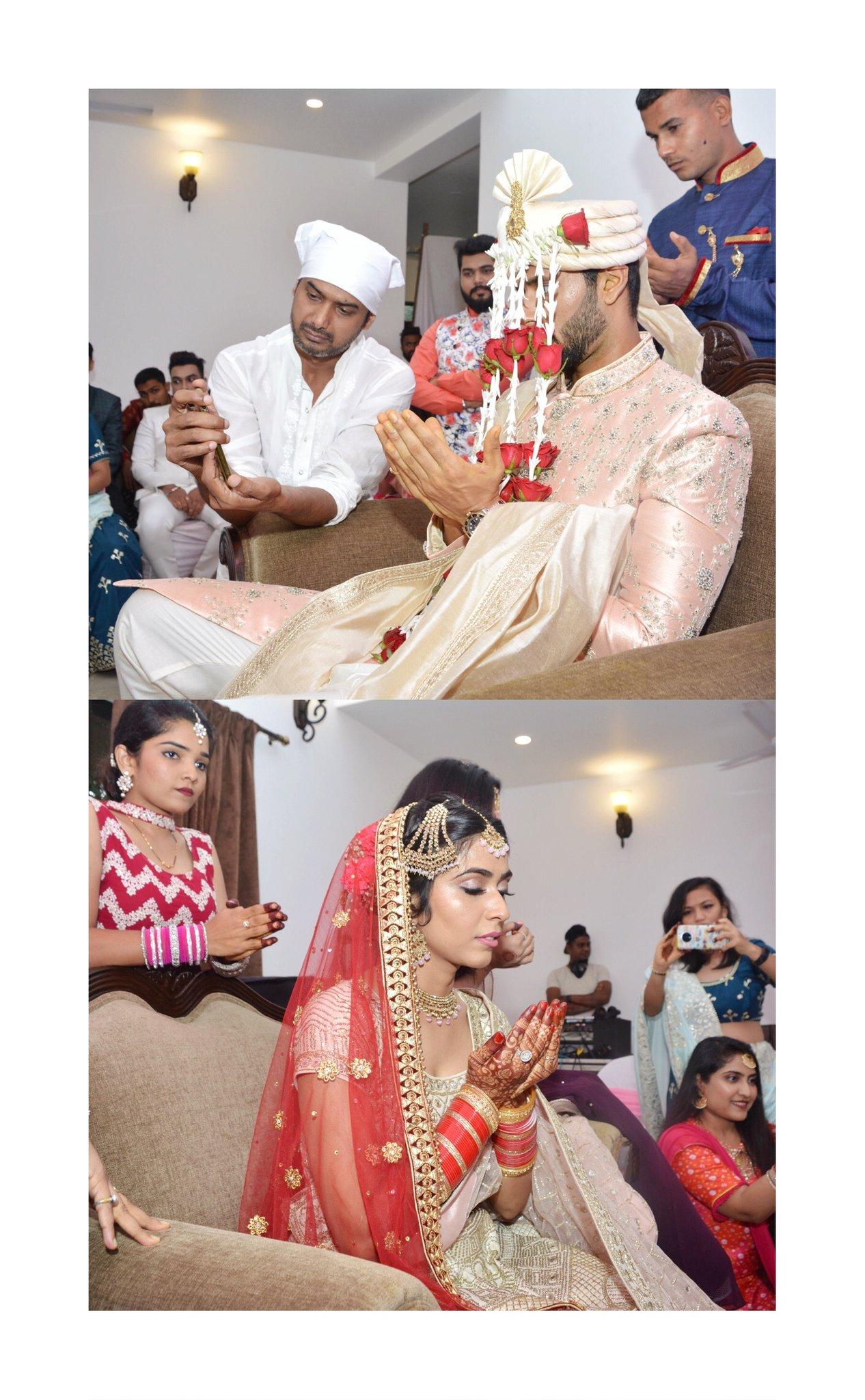 तस्वीरों को देखकर लग रहा है कि शादी मुस्लिम रीति रिवाज से हुई।