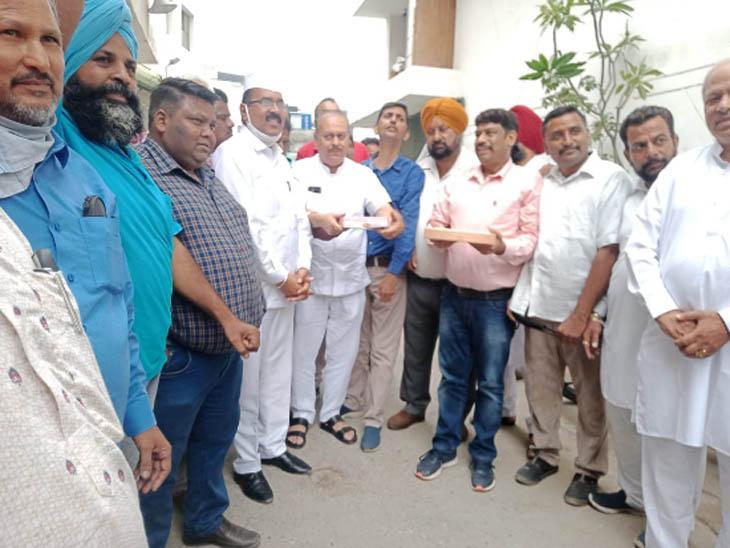 लुधियाना में नहीं मना जश्न, शहर में इक्का-दुक्का होर्डिंग ही लगे; जिला स्तरीय समारोह में भी नहीं पहुंचे जनप्रतिनिधि|पंजाब,Punjab - Dainik Bhaskar