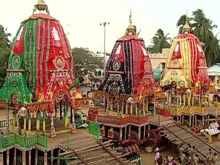 जगन्नाथ स्वामी मनाते हैं रूठी हुईं मां लक्ष्मी को, बाहुडा यात्रा कर फिर मंदिर में लौटते हैं भगवान|धर्म,Dharm - Dainik Bhaskar