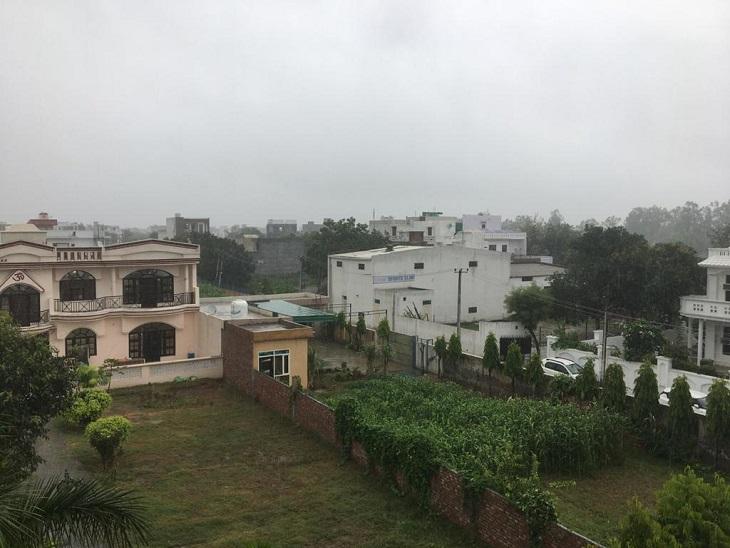 तीन दिन के इंतजार के बाद झमाझम बरसे बदरा, 4 डिग्री कम हुआ तापमान, चुभती गर्मी से मिली राहत|पानीपत,Panipat - Dainik Bhaskar