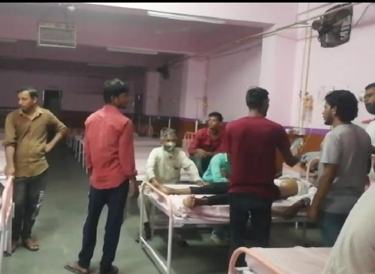 देर रात दोनों पक्षों में जमकर हुआ पथराव, चाक़ू के वार से एक युवक हुआ घायल; कई लोगों के आई चोटें|नागौर,Nagaur - Dainik Bhaskar