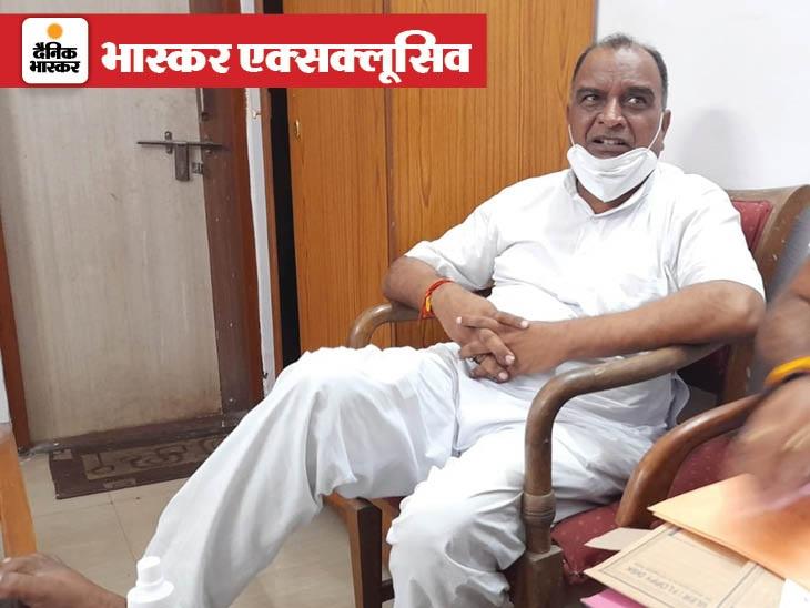 हबीबगंज स्टेशन पर 3 लाख रुपए लेते पकड़ा गया, बोला- यहां यही सिस्टम है, जो बना वही ले रहा था, अकेले का नहीं सबका हिस्सा था...|मध्य प्रदेश,Madhya Pradesh - Dainik Bhaskar