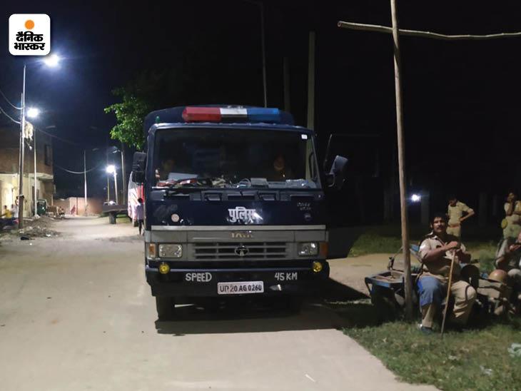दरोगा का आरोप है कि 16 जुलाई को उमंग ने अपने साथियों संग बीच बाजार उस पर हमला किया था15 जुलाई को आरएसएस का पदाधिकारी उमंग काकरान से दरोगा अरुण कुमार राणा का विवाद हुआ था।
