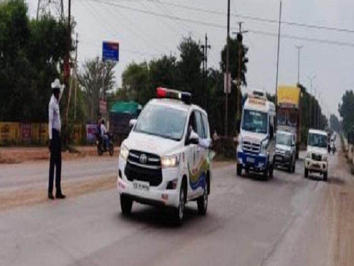 नेशनल वॉलीबॉल प्लेयर के बेटे की हालत बिगड़ी, पुलिस ने 28 मिनट में तय कराई भिलाई से रायपुर AIIMS की 30 KM की दूरी|भिलाई,Bhilai - Dainik Bhaskar