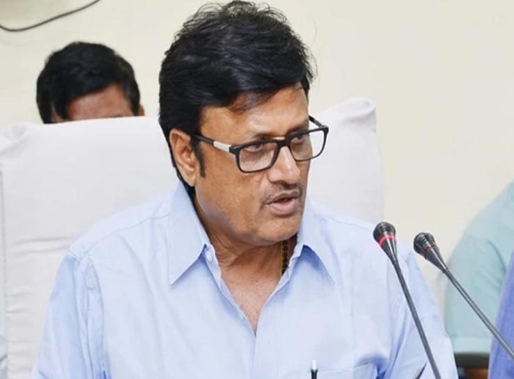 पेगासस जासूसी की बात करने से पहले राजस्थान में विधायक-मंत्रियों के फोन टैपिंग का खुलासा करें सीएम गहलोत, खुद विधानसभा में मानी थी फोन टैपिंग की बात|जयपुर,Jaipur - Dainik Bhaskar
