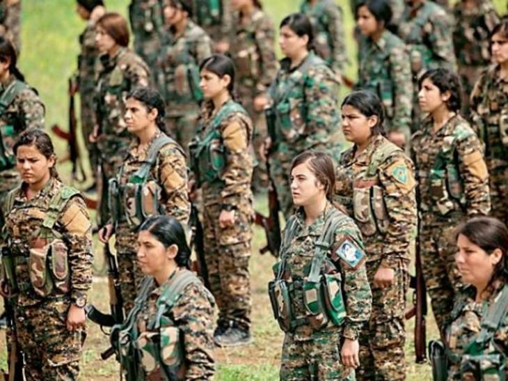 पढ़ने का मौका नहीं मिला, पर आज सीरिया की रक्षा के लिए उठाए हथियार; एक हजार महिलाएं सेना में शामिल|विदेश,International - Dainik Bhaskar