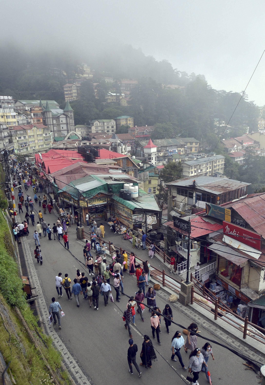सोमवार को प्रदेश मुख्यमंत्री ने कहा कि पर्यटकों को राज्य में आने से नहीं रोका जा सकता।