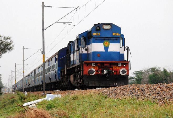 आगराफोर्ट-अजमेर-आगराफोर्ट स्पेशल ट्रेन के थर्ड एसी कोच में होगी एक डिब्बे की अस्थाई बढ़ोतरी; एक अगस्त से थर्ड एसी कोच में 64 एक्स्ट्रा बर्थ मिल सकेंगी नागौर,Nagaur - Dainik Bhaskar