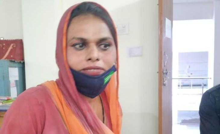 बोली- दिल करता था स्कूल जाऊं, पढ़-लिखकर डॉक्टर बनाना चाहती थी, जिले का पहला उभयलिंगी पहचान प्रमाण पत्र|बैतूल,Betul - Dainik Bhaskar