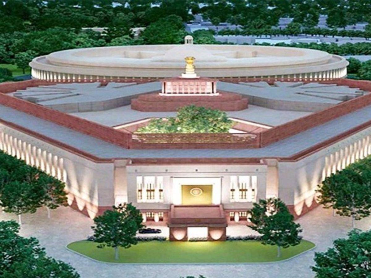 राजस्थान से इस प्रोजेक्ट में जालोर का ग्रेनाइट तथा सरमथुरा और धौलपुर के पत्थर लगेगा। ग्रेनाइट की सप्लाई तो शुरू भी हो चुकी है। - Dainik Bhaskar