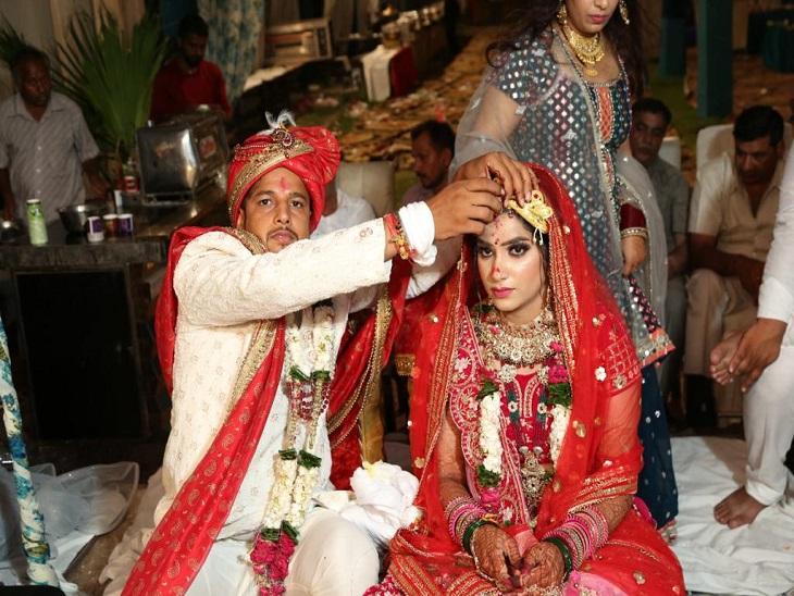 बिना दहेज शादी की, मां का सपना पूरा करने को हेलिकॉप्टरसे दुल्हन लाया बेटा|पानीपत,Panipat - Dainik Bhaskar