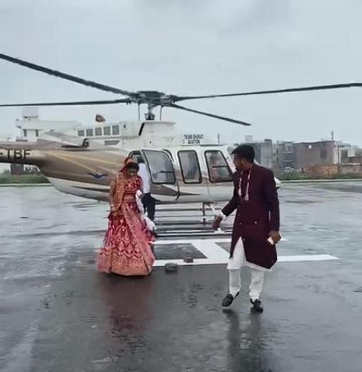 मां का सपना पूरा करने को हेलिकॉप्टरसे कराई विदा; परिवार ने पहले बेटे की शादी में भी नहीं लिया था दहेज|पानीपत,Panipat - Dainik Bhaskar
