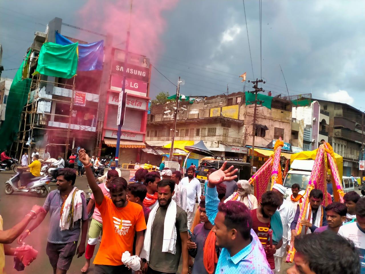 खंडवा जिले की सीमाएं आज रात से सील; 21 से 23 जुलाई तक बंद रहेगा मंदिर, 350 किमी का सफर तय कर आज पांढुर्णा से खंडवा आएगा रथ खंडवा,Khandwa - Dainik Bhaskar
