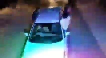 शादी में जा रहे युवकों ने गाड़ी की विंडो पर बैठकर किया डांस, डीजे की धुन पर तेज रफ्तार में कार दौड़ाते हुए किए खतरनाक स्टंट जोधपुर,Jodhpur - Dainik Bhaskar