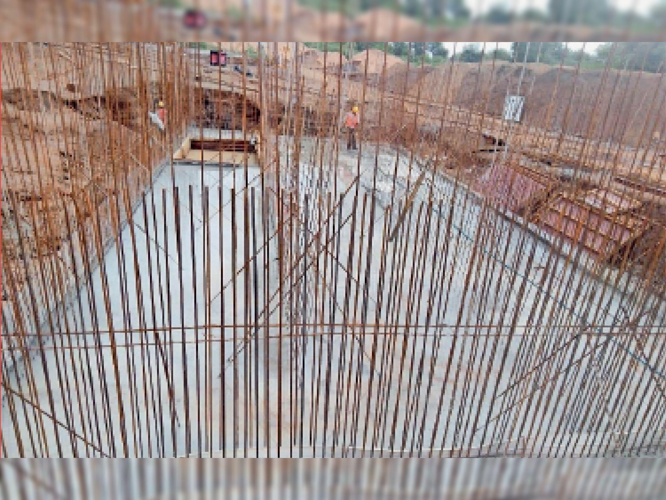 भीलखेड़ा में ट्रीटमेंट प्लांट का निर्माण कार्य जारी है। - Dainik Bhaskar