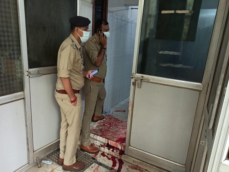 डॉ. सपना की हत्या की सूचना पाकर उनके घर पहुंची पुलिस।