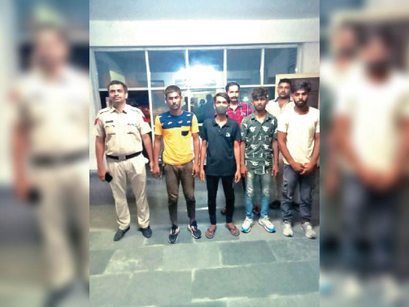 चार दोस्तों पर हत्या का केस दर्ज किया, गिरफ्तार|रोहतक,Rohtak - Dainik Bhaskar