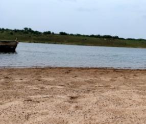 डकैतों की दहशत से नदियां थी सुरक्षित, बीहड़ से बागियों का सफाया होने के बाद बढ़ी रेत की लूट भिंड,Bhind - Dainik Bhaskar