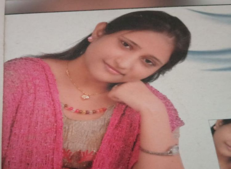 सुरेशचंद की बेटी आशा जिसकी वर्ष 2015 में शुगर की बीमारी से मौत हो गई।