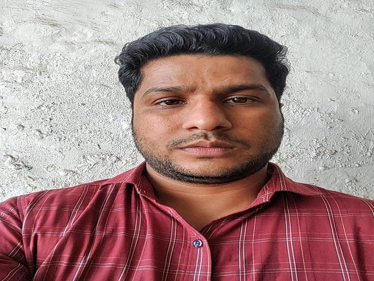 चाकू के बल पर कपड़ा व्यापारी से साढ़े37 हजार लूटे, कार आने पर भागेबदमाश तो बची स्कूटीऔर मोबाइल|पानीपत,Panipat - Dainik Bhaskar