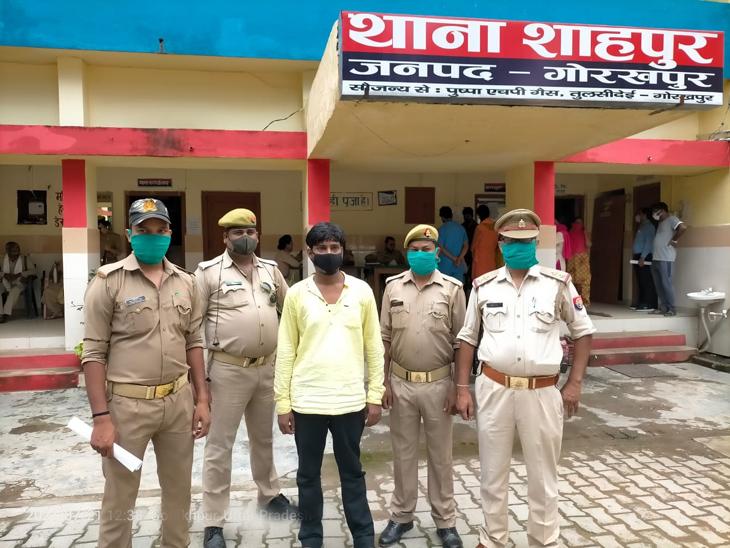 पुलिस ने राजेंद्र के खिलाफ अपहरण की साजिश रचना, झूठी सूचना देने और धमकी देने का केस दर्ज कर गिरफ्तार कर लिया। - Dainik Bhaskar
