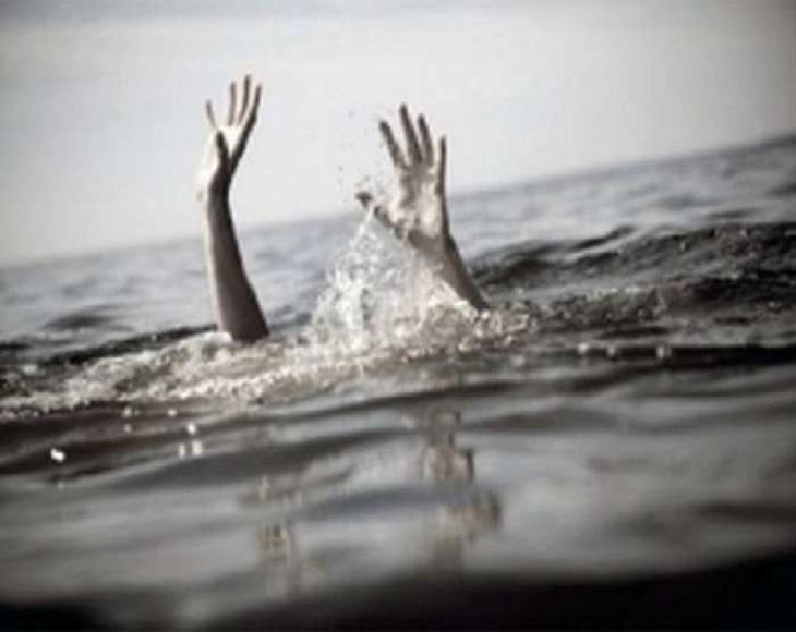 नदी में नहाने गई गर्भवती महिला की पैर फिसलने से हुई मौत, शव को ग्रामीणों की मदद से निकाला गया बिहार,Bihar - Dainik Bhaskar