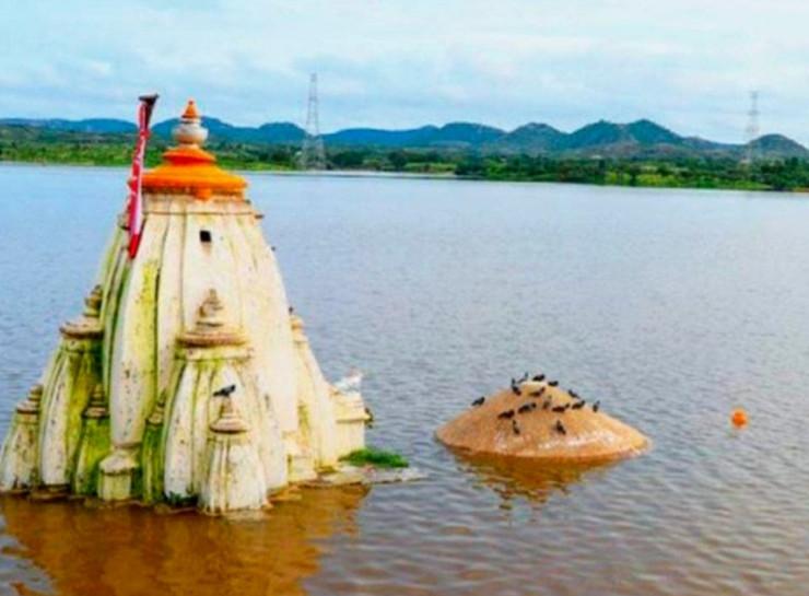 मानसून में राजस्थान में जलभराव के नजारे।