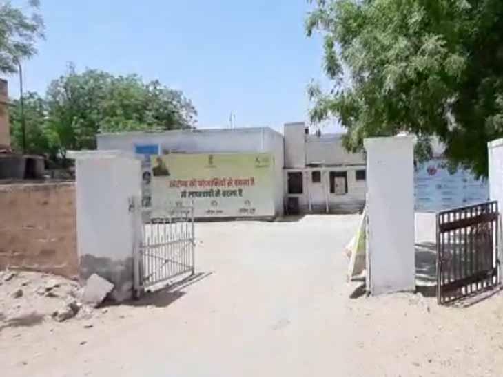 रात में घर जा रहे चिकित्साकर्मी को पुलिस उठा ले गई थाने, मारपीट कर माफी मंगवा कर छोड़ा|जोधपुर,Jodhpur - Dainik Bhaskar