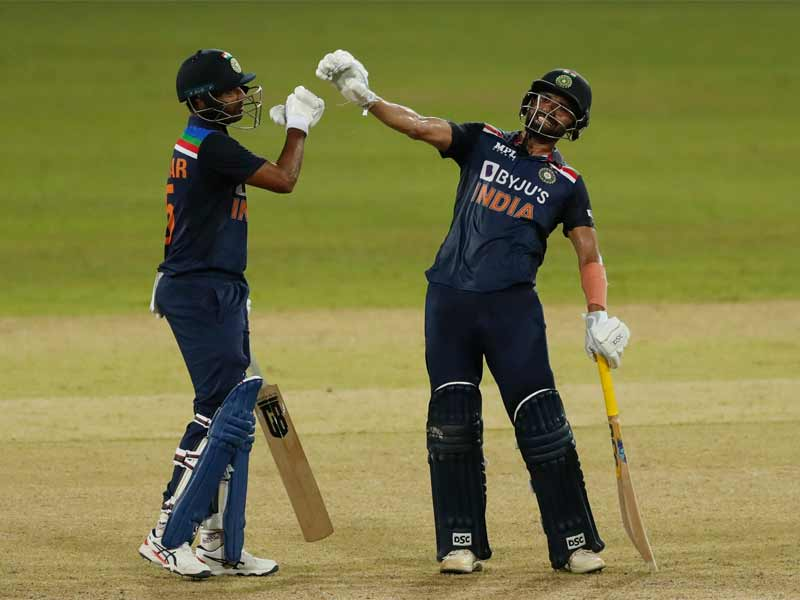 दीपक और भुवनेश्वर ने टीम इंडिया की पारी संभाली। इन दोनों ने संभलकर खेलते हुए भारत को जीत तक पहुंचाया। दीपक 82 बॉल पर 69 रन बनाकर नाबाद रहे।