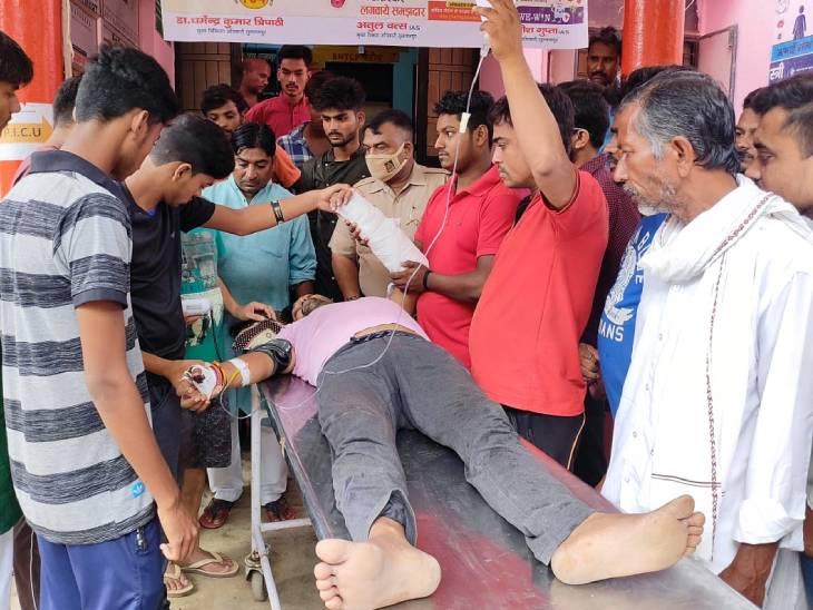 विधायक के बेटे की कार रोककर बदमाशों ने पीटा, कोतवाली से चंद कदम की दूरी पर हुई घटना सुलतानपुर,Sultanpur - Dainik Bhaskar