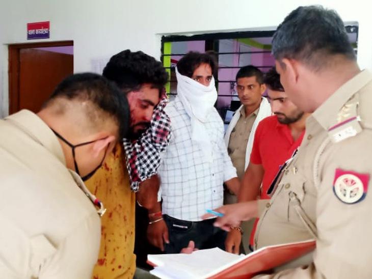 बाइक से लाइब्रेरी जा रहे थे स्टूडेंट, घात लगाए बैठे हमलावरों ने दिनदहाड़े बरसाईं गोलियां; एक स्टूडेंट समेत 2 घायल|मुरादाबाद,Moradabad - Dainik Bhaskar
