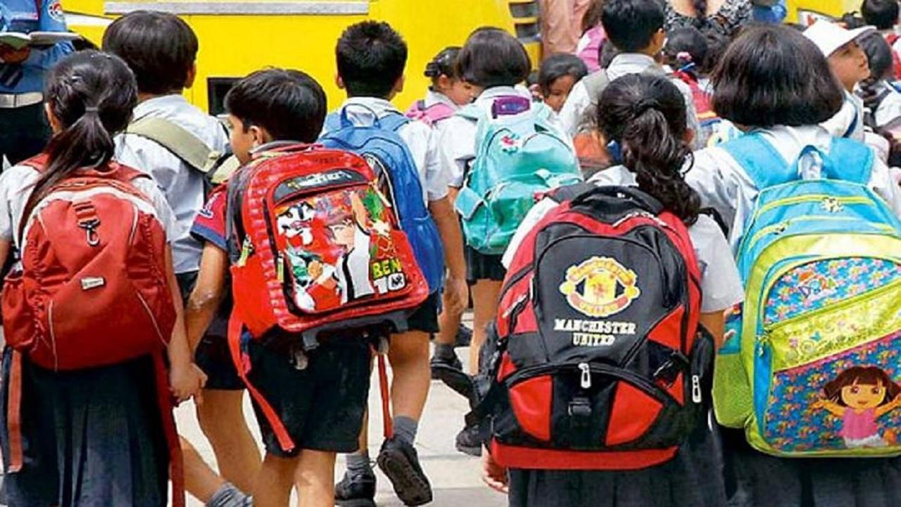 डर कम हुआ पर हिचक रहे लोग, 65 फीसदी अभिभावक बच्चों को नहीं भेजना चाहते स्कूल|रायपुर,Raipur - Dainik Bhaskar