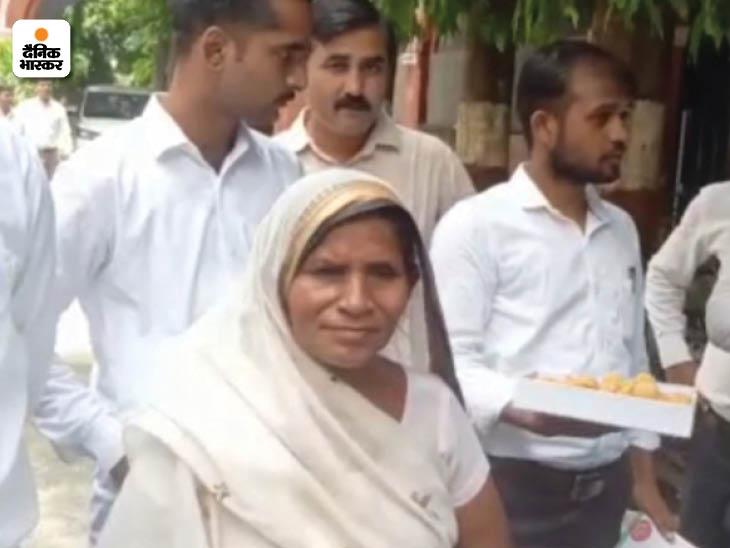 कोर्ट में आई मृतक रामप्रकाश की पत्नी ने कहा कि उन्हें भगवान ने दिया न्याय।