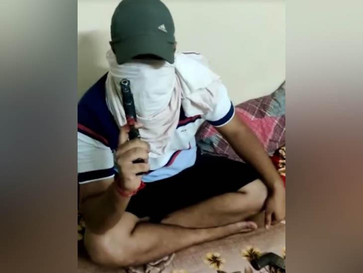 देर रात 2 बजे सीसवाल गांव में फैली दहशत, पहले फेसबुक पर दी मारने की धमकी, 2 साल पहले हुई हत्या का मामला|हरियाणा,Haryana - Dainik Bhaskar
