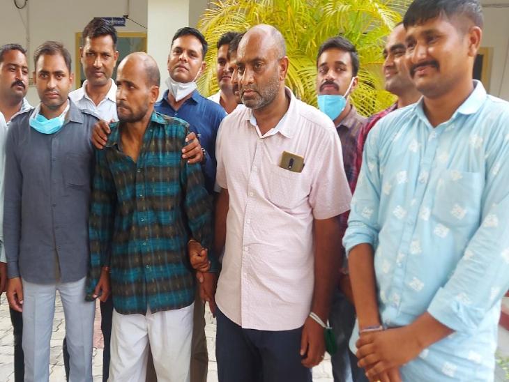 विश्वास जीतने के लिए पहले साथ बैठ पी चाय, उसके बाद तौलिए से गला घोट उतारा मौत के घाट, विदेशी महिला से रेप के आरोप में काट चुका 10 साल जेल|उदयपुर,Udaipur - Dainik Bhaskar