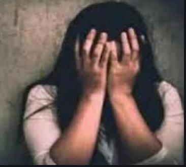 मांग में सिंदूर भरकर पत्नी बनाने का दिया झांसा दुष्कर्म के बाद गर्भपात कराया, पीड़िता को जहर खिलाकर माने की कोशिश|ग्वालियर,Gwalior - Dainik Bhaskar