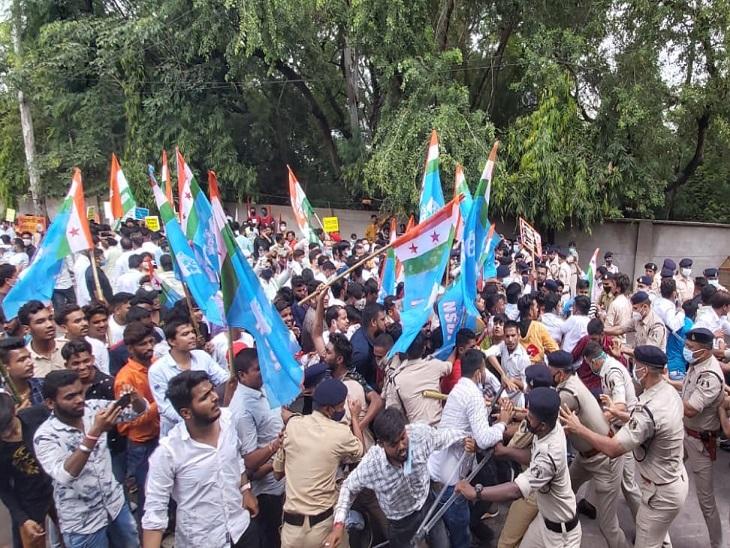 छत्तीसगढ़ राजभवन का घेराव किया; केंद्रीय गृहमंत्री अमित शाह को बर्खास्त करने की मांग, कहा - सुप्रीम कोर्ट की निगरानी में हो जांच रायपुर,Raipur - Dainik Bhaskar